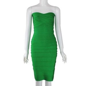 Dresses & Skirts - NWT Emerald green bandage strapless dress